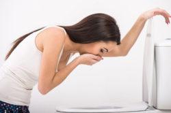 Рвота - симптом язвы двенадцатиперстной кишки