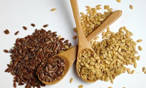 Семя льна при геморрое корректирует работу кишечника, предотвращает тромбоз узлов, устраняет симптомы патологии
