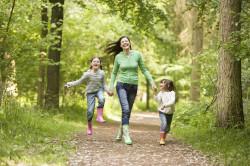 Прогулки на свежем воздухе при гайморите