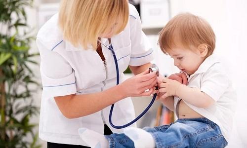 Это одно из самых распространенных заболеваний, которое может угрожать здоровью ребенка и повлиять на его развитие