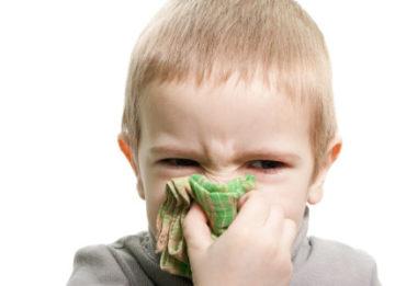 Как проводить лечение, если у ребенка желтые сопли?