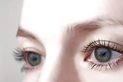 Мягкость глазных яблок